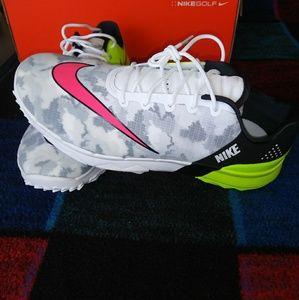 Nike Fi Flex Spikless Golf Shoes